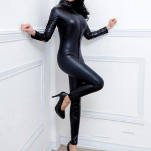 Front zipper faux leather/catsuit Halloween